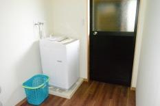 共用洗濯室(1回300円)