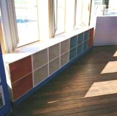 本棚が設置されました